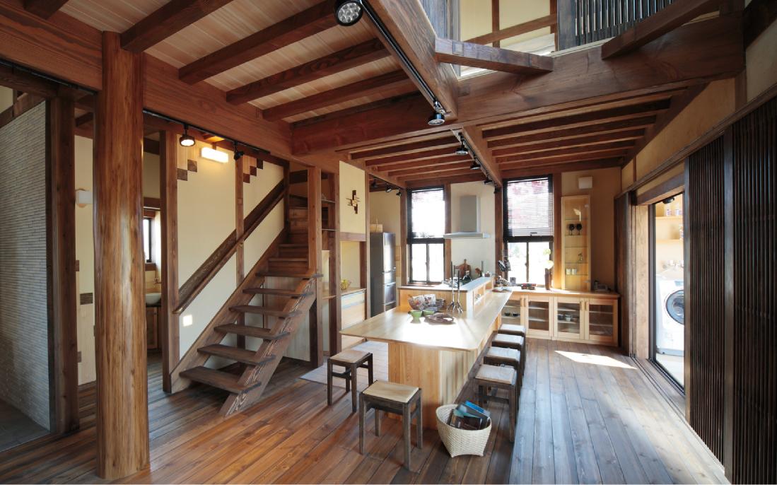 ワンランクアップの無垢材の家、モッカの「郷の家」