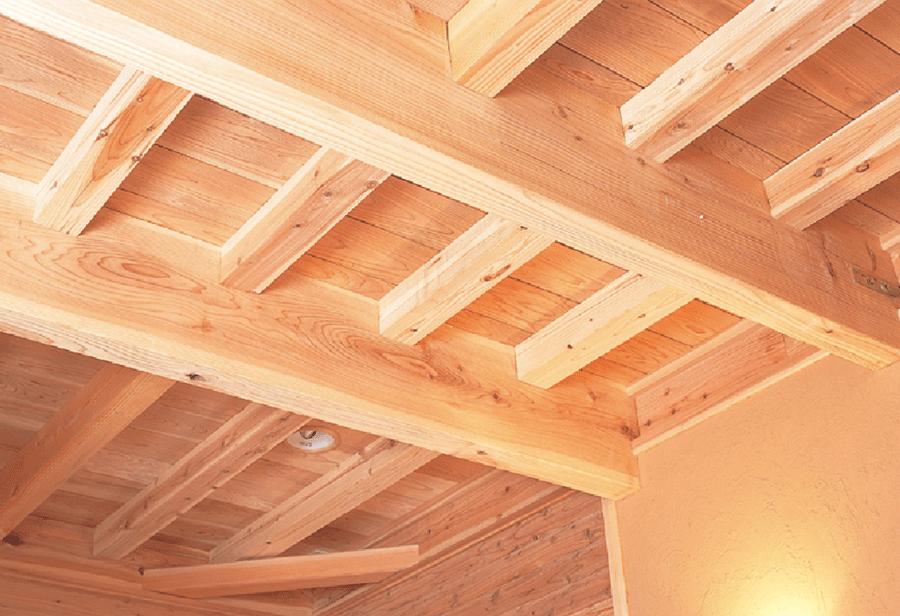 モッカの家は、ほとんどの部材を無垢材で仕上げています。